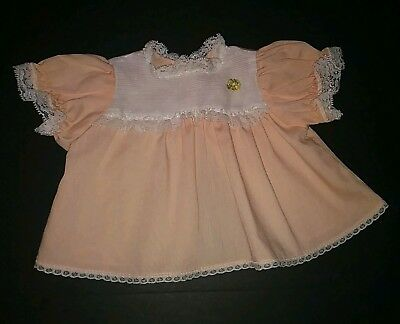 """Vintage 1950s 20"""" Large DOLL Peach Pink White Lace Smocked DRESS Flower Applique"""