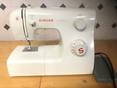SINGER SEWING MACHINE Model 40T40 E40 USED Works Good 4040 Best E99670 Singer Sewing Machine Manual