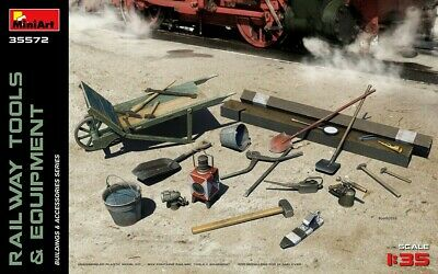 Miniart 35572 Railway Tools & Equipment Buildings And Accessories 1/35