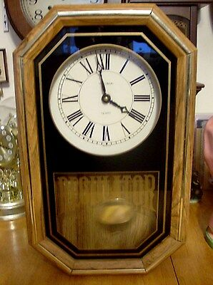 Very Nice Verichron  Pendulum Wall Clock. Time Only