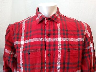 5a0bb47774bac Old Navy Regular Fit Men s Long Sleeve Red Plaid Button Down Flannel Shirt  ...