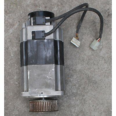 1PC Used Omron Servo Motor R88M-H1K130-B 1100W Tested *SHIP TODAY*