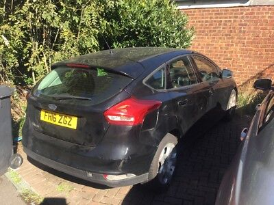 2016 - Damaged Repairable Salvage - Ford Focus - 25,000 - 1.6 Petrol - 5 Dr