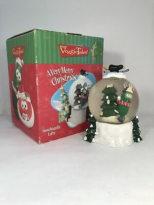 1999 Big Ideas VeggieTales Snow Globe Snowboardin' Larry Christmas Holidays