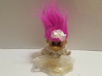 Vintage Russ Troll Doll Bride With Wedding Gown And Train Pink Hair 1990's EUC