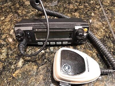 Used Motorola XTL2500 M5 Control Head with Palm Microphone.