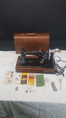 Vintage Singer Sewing Machine No 99, Oscillating Hook Cased Instructions & Light