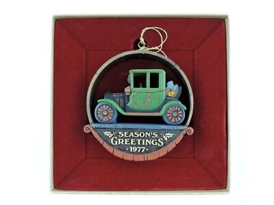 VTG Hallmark Seasons Greetings 1977 Tree Trimmer Nostalgia Christmas Ornament