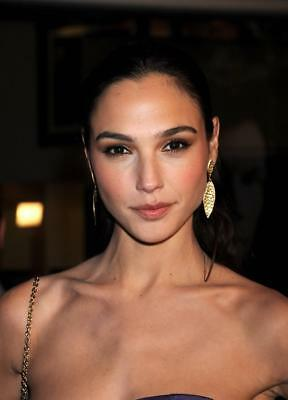 GLOSSY PHOTO PICTURE 8x10 Gal Gadot With Gold Earrings