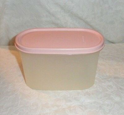 Tupperware Modular Mates 4 3/4 Cups Container With Pink Seal #1612