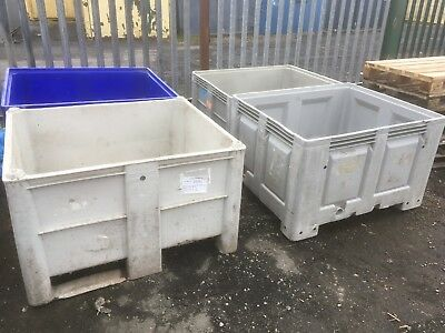 Dolav Pallet Box Plastic Container Stacking Battery Box Water Tight Dolavs