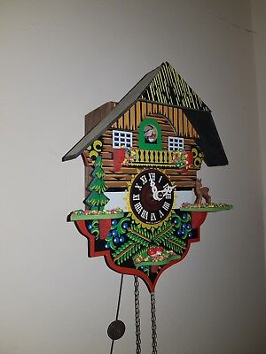 Pretty Antique collectable Cuckoo Clock fully working and in good condition