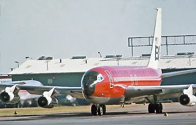 "Braniff Airways Boeing 707-138B ((8.5""x11"")) Print"