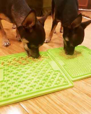 New Dog Puppy Lickimat Lick Mat Soother Treat Boredom Buster Dogs & Puppies