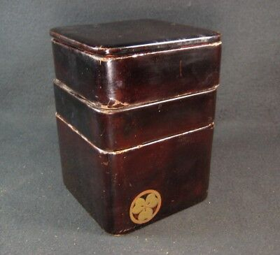 Antique Japanese Lacquer Ojyubako 3-Layer Stacking Food Boxes Family Crest Mon