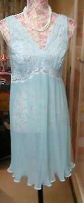 PASTEL BLUE PLEATED BABYDOLL NIGHTIE 1960/70s SIZE 12/14 GREAT CONDITION