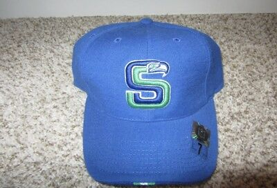 ... sale nwt seattle seahawks nike 7 nfl football hat fitted pro retro rare  vintage blue afb9b 0b34e7ae8
