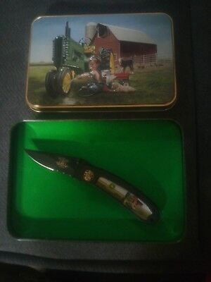 Collectible John Deere SMITH WESSON Pocket Knife Tin 150th Anniversary 2002 New