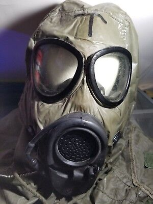 Vintage US Military M17A2 Gas Mask & M6 Hood CHEMICAL BIOLOGICAL MASK