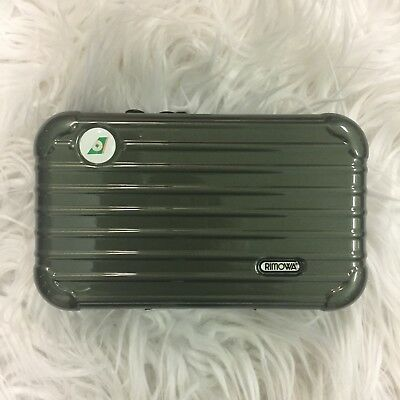 Brand New Rimowa Amenity Kit Case - EVA AIR Premium Laurel First Class - Olive