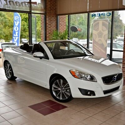 2011 Volvo C70 T5 Platinum 2011 Volo C70 LOADED Ice White CACAO SOVEREIGN HIDE Navigation BLIS 60 Pics