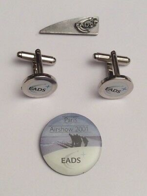 Lot 2 Pin's + Pair of Cufflinks EADS Aviation Boutons Manchette Airbus Defense