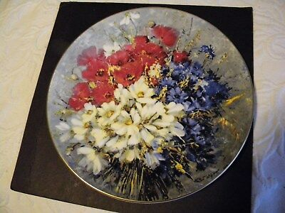 """Royal Doulton(Country Bouquet.101/2"""" Plate.40 Th Series 1978#3359"""