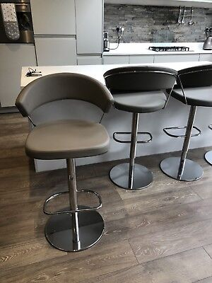 TWO CALLIGARIS NEW York Taupe Bar Stools Used ORIGINALLY £488 EACH ...