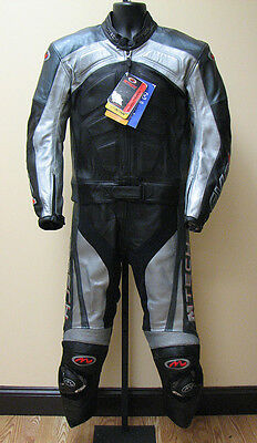 2-pc 2pc motorcycle leather suit - US size 42, Euro 52 / Small