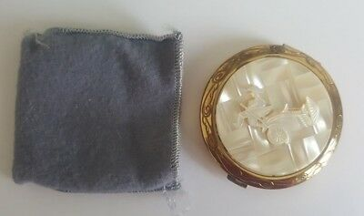 Vintage face powder compact
