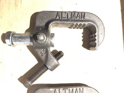Altman 510  Theater Light Instrument Pipe Clamp