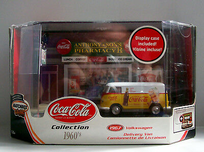 Matchbox Collectibles 2002 Coca-Cola '67 Volkswagon Delivery Van Diorama Display