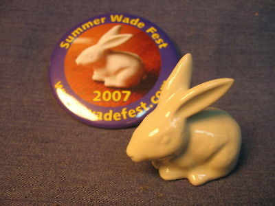 .Wade Fest 2007 (New Mold) White Rabbit with pin, MINT