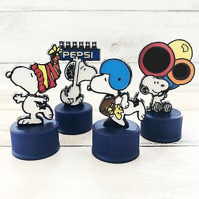 Snoopy Bottle Cap Bonus Gift of Pepsi with Peanuts Classic Plate 4 Snoopy 2002