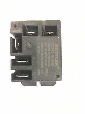 2X AMERICAN ZETTLER AZ2100-1C-12DE POWER RELAY