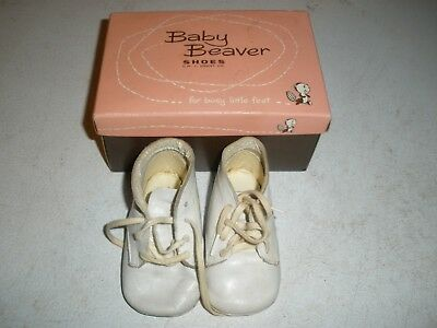 Vintage in box Baby Beaver Shoes White Soft Soles size 3