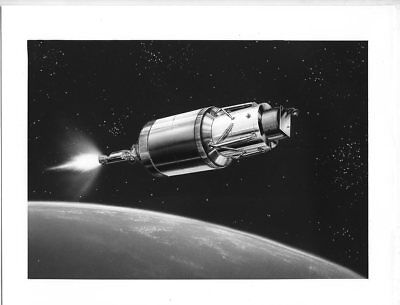 *I56 VINTAGE 8X10 NASA 1960s GRAPHIC ROCKET SPACESHIP ORBIT ILLUSTRATION PHOTO