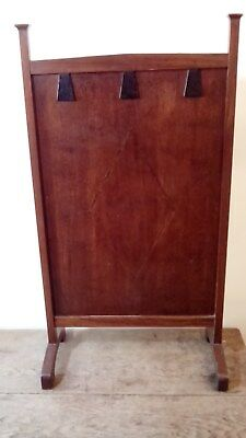 Antique Arts And Crafts Oak Fire Screen With Diamond Banding To The Front.