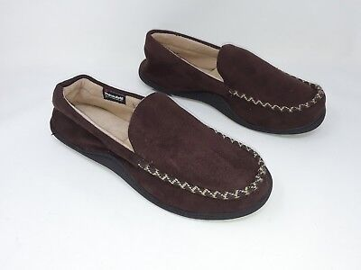 8617c7cc3b3 New!! Men s Isotoner style 9S263 brown Moccasin Slippers 28Z