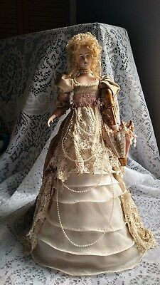 """Victorian Lady Christmas Tree Topper or Table Centerpiece 16"""""""