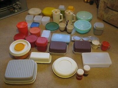 Large Collection of Vintage Tupperware - Bowls Jugs Containers Cups - Job Lot