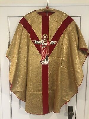 Vestment: Vintage Gold Chasuble Sacred Heart