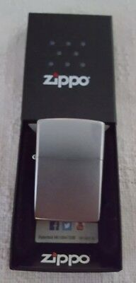 Zippo Classic 200 WINDPROOF  Brushed Chrome lighter  *FREE SHIP*