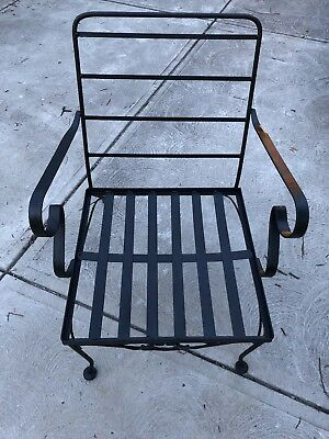 Vintage Mid-Century Modern RUSSELL WOODARD Black Wrought-Iron Leaf Patio Chair