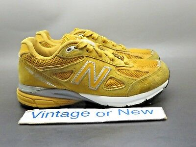 69e3b1f6adeae NEW BALANCE NYC 990 Shirt Size 2xl and Empty Shoe Hard Carry Case ...