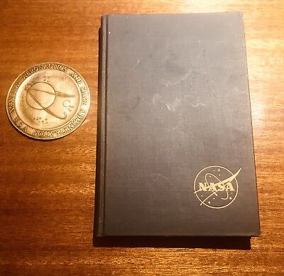 VTG Aeronautics & Astronautics 1915-1960 FIRST EDITION Eugene Emme, NASA Emblem