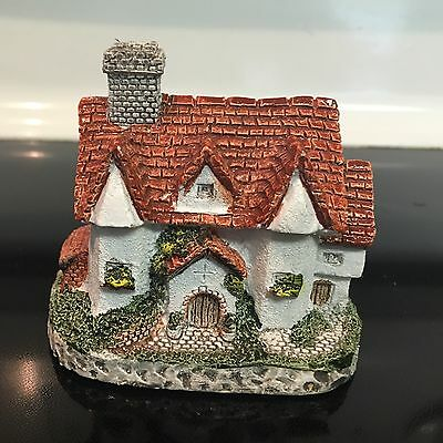 """1987 Museum Collections Cornwall Cottage Series """"Tudor Hall"""" BH04,Vintage"""