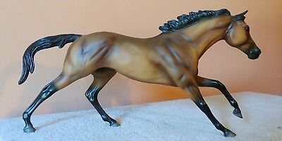 Breyer, 2001  Seabiscuit QVC, Cigar  Mold, Excellent!