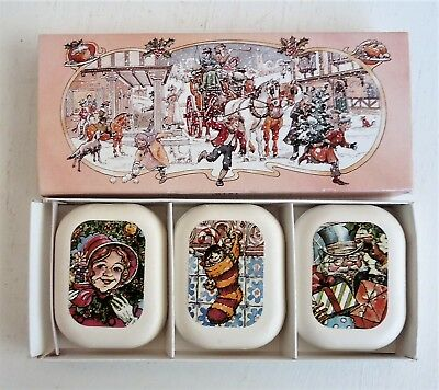 Pretty Vintage AVON Christmas Magic Soap Set *3 Decal Soaps