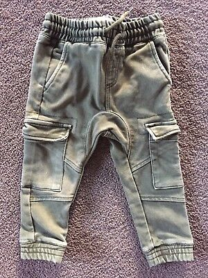 As *NEW* 2018 Bottle Green Cargo Pants COTTON ON KIDS PANTS Size 2 jeans Chinos